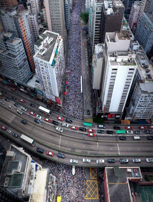 Како се протестира во Хонконг