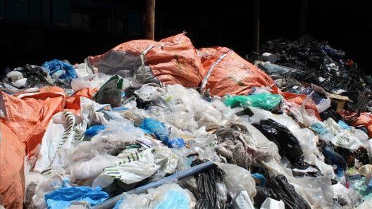 Се забрануваат пластичните кеси - активистите со резерва како ќе се спроведе забраната