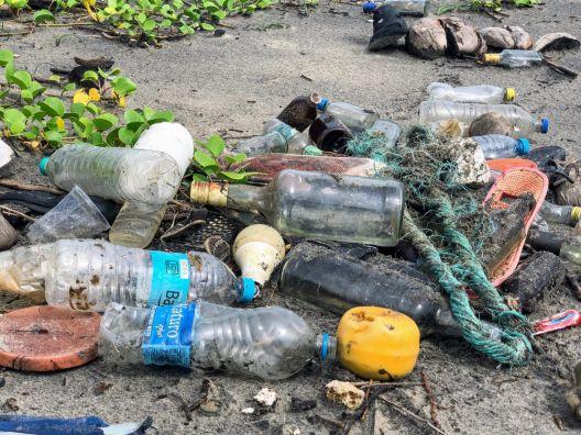 Пластичната амбалажа од декември ќе биде забранета во заштитените подрачја во земјава
