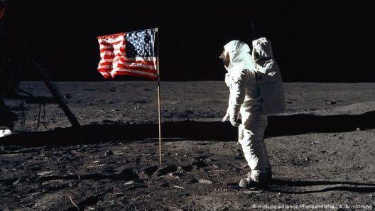 Бил ли некој некогаш на Mесечината – или зошто теориите на заговор никогаш не умираат?