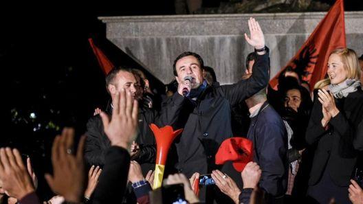 Косово: Победниците и губитниците ги заменија улогите, Курти прогласи победа