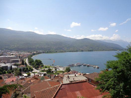 """""""Фронт 21/42"""" до Пендаровски: Продолжува деструкцијата на Охридскиот регион"""