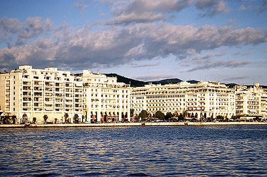 Солун: Мешавина на лица и сеќавања