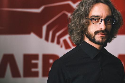 Интервју со Димитар Апасиев: Левица го задава последниот удар на режимот!