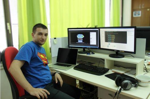 Никола Ѓоргиев направи видео прирачници за програмирање на македонски