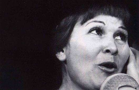 Почина пејачката Нина Спирова
