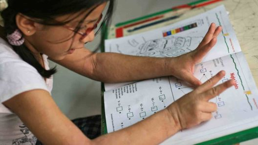 Зошто децата треба да ги користат прстите кога учат математика