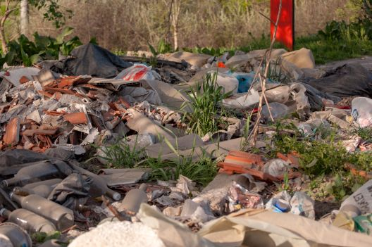 Дивите депонии и понатаму го загадуваат Скопје