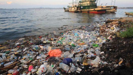 Канада најави забрана за пластични производи за еднократна употреба