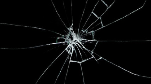 Мотивот на будење во телевизиската серија Црно огледало (Black Mirror)