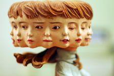 Скулптури со повеќе лица