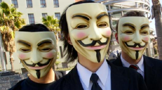 Авторските права во спротивност со човековите