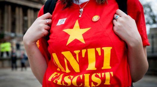Молк за фашизмот и криза на демократијата