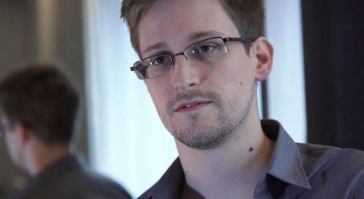 Сноуден и Гринвалд (3)