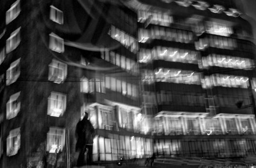 Пред фотографските ноктурна на Иван Блажев
