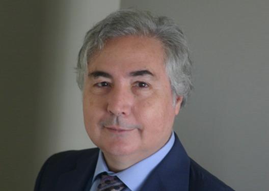 Вмреженото општество против политичарите и банкстерите - Интервју со Мануел Кастелс