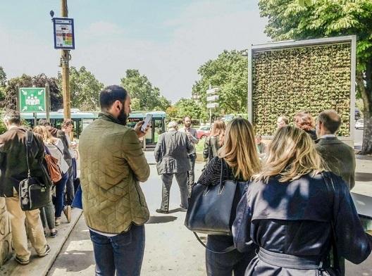 Зелен билборд што заменува 275 дрва ќе го прочистува воздухот во Скопје и Тетово