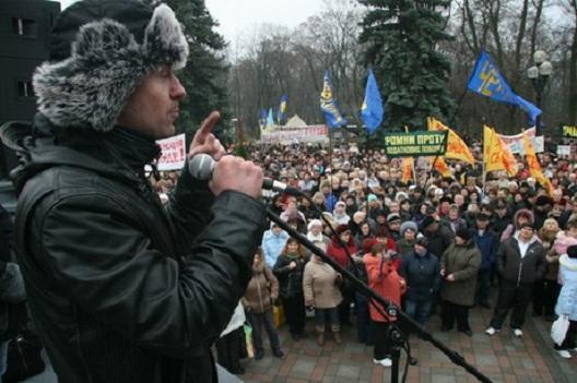 Кочница на револуцијата (интервју со украинскиот опозициски водам Олександр Данилиук)