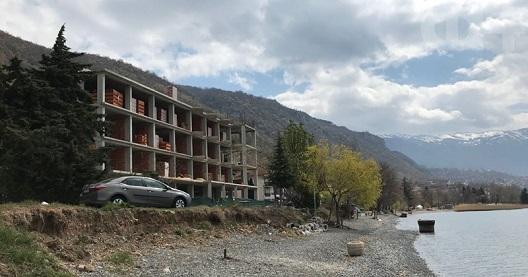 Уапсените мајстори признаа: Самоиницијативно ја граделе дивоградбата за да го изненадат газдата