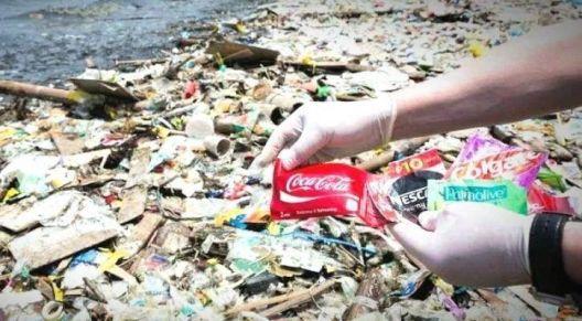 Кока Кола: најголемиот загадувач со пластика во светот