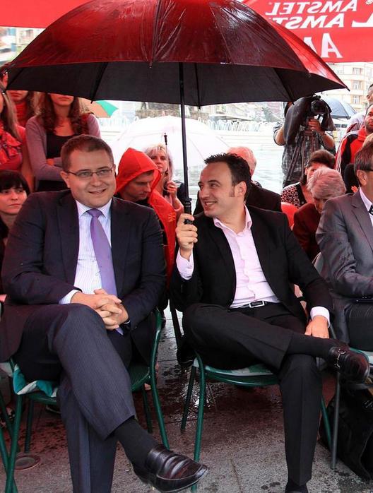 Со тебе под еден чадор да се стиснам
