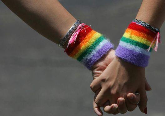 """Британија ќе ја забрани """"терапијата за преобратување"""" геј луѓе"""
