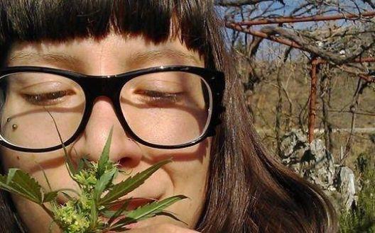 Протест за поддршка на Моника Ристеска – активистката за легализација на канабис