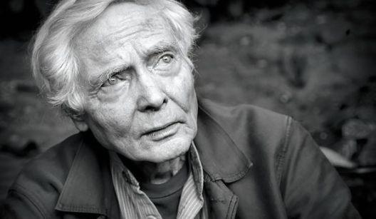 Вилијам Стенли Мервин (1927 - 2019)