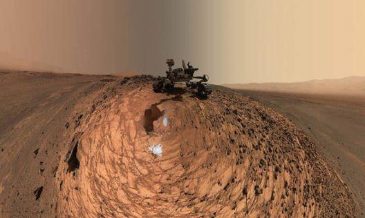 НАСА пронајде органска материја на Марс и можен живот надвор од Земјата