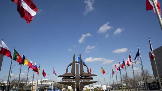 Економски придобивки и предизвици од членство во НАТО