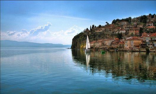Охрид меѓу короната и УНЕСКО