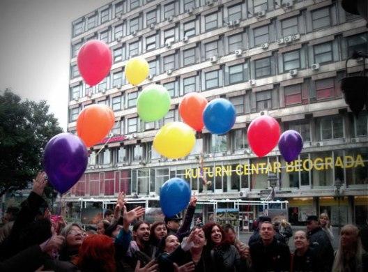 Со уметнички иницијативи до ЛГБТ права