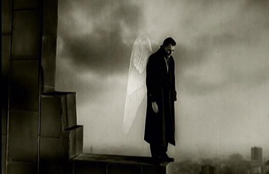 Берлин и падот на ангелот