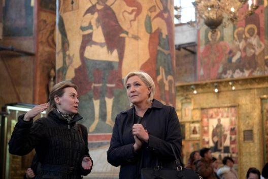 Сè повеќе жени во Европа гласаат за радикално десни партии